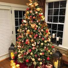 holiday berry indoor outdoor pre lit gift box u2013 lisa robertson