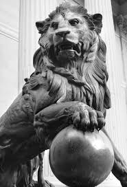 lion statue lion statue stock image image of madrid spain 6545133