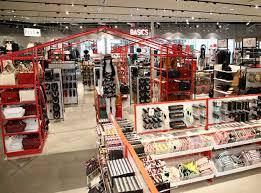 Hollywood Fashion Tape Retailers Nrf News National Retail Federation