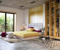 wandgestaltung schlafzimmer lila schlafzimmer ideen wandgestaltung lila wand streichen ideen