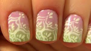 lace flower design on pink u0026 light green ombre for short nails
