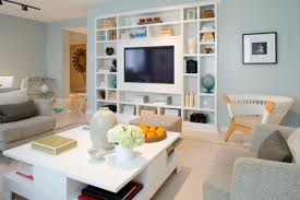 Built In Bookshelves Around Tv by Built In Furniture Advantages And Things To Consider