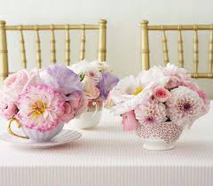 Handmade Centerpieces For Weddings by Handmade Weddings And A Tutorial For Yarn Wrapped Bottles Indie Fixx