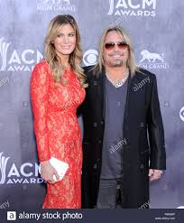 vince neil and lia gerardini the academy of country music awards
