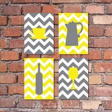 Gray And Yellow Kitchen Decor - best 25 yellow kitchen decor ideas on pinterest lemon kitchen
