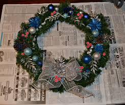 Homemade Christmas Wreaths by Diy Christmas Wreath Hezzi D U0027s Books And Cooks
