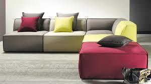 canape de couleur canapé de couleur intérieur déco