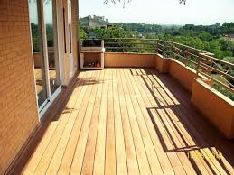 piastrelle balcone esterno i pavimenti per balconi pavimento da esterni come scegliere i