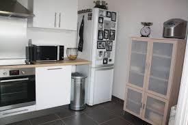 cuisines blanches et bois cuisine blanche bois et inox 6 photos smarti26