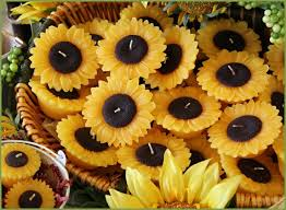 sunflower wedding favors sunflowers candles wedding favors deer pearl flowers