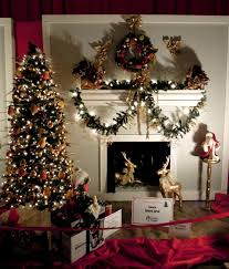 xmas tree decorating ideas with stylish fruit ornaments and golden