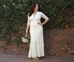 32 surreal and hypnotic plus size romantic wedding dress that put