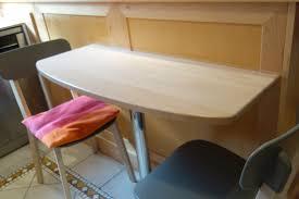 table de cuisine sur mesure fabriquer une table d appoint avec un plateau bois découpé sur mesure