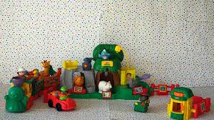Fisher Price Little People Barn Set Fisher Price Little People Animal Sounds Zoo Youtube