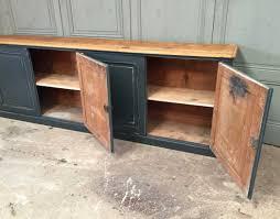 deco industrielle atelier ancienne enfilade en bois d u0027atelier