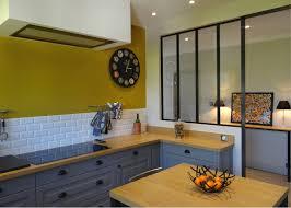 peinture cuisine jaune peinture murale cuisine jaune avec cuisine cuisine jaune moutarde