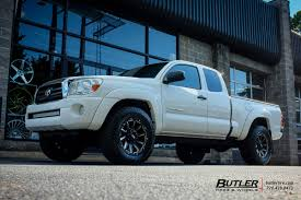 toyota tacoma road wheels toyota tacoma with 18in grid offroad gd5 wheels exclusively from