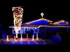 johnson family christmas lights family turns their san antonio home into an amazing dubstep