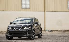 nissan rogue exterior 2017 nissan rogue sport in depth model review car and driver