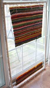 How To Make A Rag Rug Weaving Loom Another Rag Rug U2013 Not Exactly A Tutorial U2013 Lindaeve