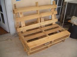 Pallet Patio Furniture Ideas by Diy Pallet Chair Instructions