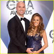 jana kramer u0027s morning sickness was so bad people thought she was