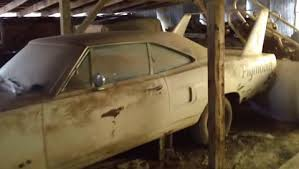 Barn Finds Cars Epic Barn Find Rare Aero Cars Daytona Charger Superbird