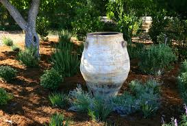 garden decorating ideas google