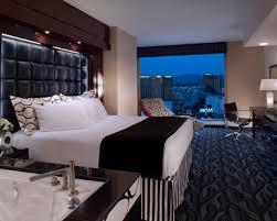 las vegas suite hotels two bedroom las vegas hotel rooms suites elara by hilton grand vacations