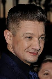jeremy renner hairstyle jeremy renner on the red carpet of french tv festival miptv where