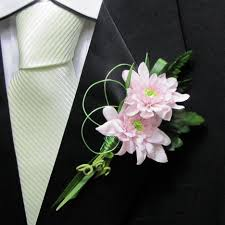 how to make boutonnieres how to make a wedding boutonniere
