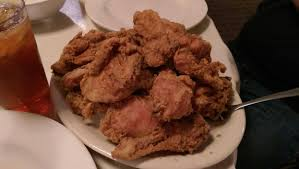 fried chicken lips mrs wilkes dining room