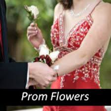 Corsage And Boutonniere For Prom Homecoming Flowers Corsages Boutonnieres Prom Flowers
