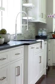 shaker style cabinet pulls kitchen cabinet pull handles best kitchen cabinet pulls ideas on