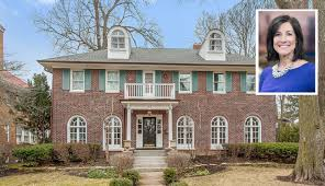 dina bair age wgn anchor dina bair lists wilmette home for sale at 1 7 million