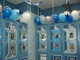 Ideas For Decorating Lockers Best 25 Locker Room Decorations Ideas On Pinterest Football