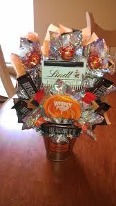 the 80 best images about candy bouquets on pinterest candy bar