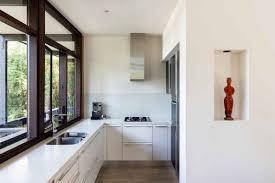 Modern Beachy Interiors Midcentury Modern Aussie Beach House Will Kickstart Your Weekend