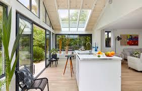 modele veranda maison ancienne l u0027atout architectural déringardise la véranda