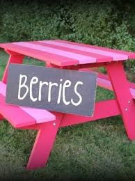Build A Children S Picnic Table by Best 20 Kids Picnic Table Ideas On Pinterest Kids Picnic Table