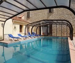 chambre d hote herault avec piscine gite 15 personnes avec piscine couverte et à pouzolles