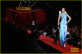 irina shayk u0026 sara sampaio walk runway for moschino photo