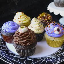 Halloween Decorating Cupcakes Halloween Cupcakes