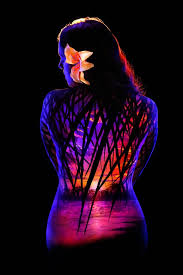 Black Light Body Paint 16 Amazing Photos Of Body Painting And Black Light Ufunk Net