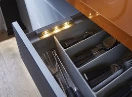 eclairage tiroir cuisine le cuisine sous meuble eclairage cuisine sous meuble luminaire