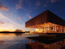 self sustaining homes the waterlovt luxury houseboats are eco friendly self sufficient