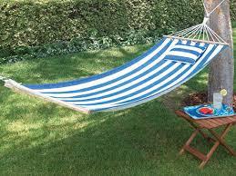 how to choose a comfortable garden hammock for backyard more than