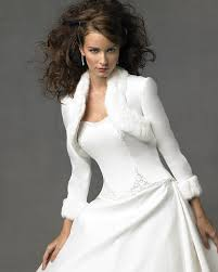 gorgeous winter wedding dress jackets byebyebride