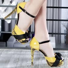 أحذية صيفية للنسااااااااااااااااااااا اااااااء images?q=tbn:ANd9GcR