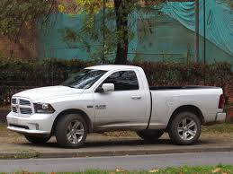 2014 dodge ram hemi file dodge ram 1500 hemi 2014 15406113525 jpg wikimedia commons